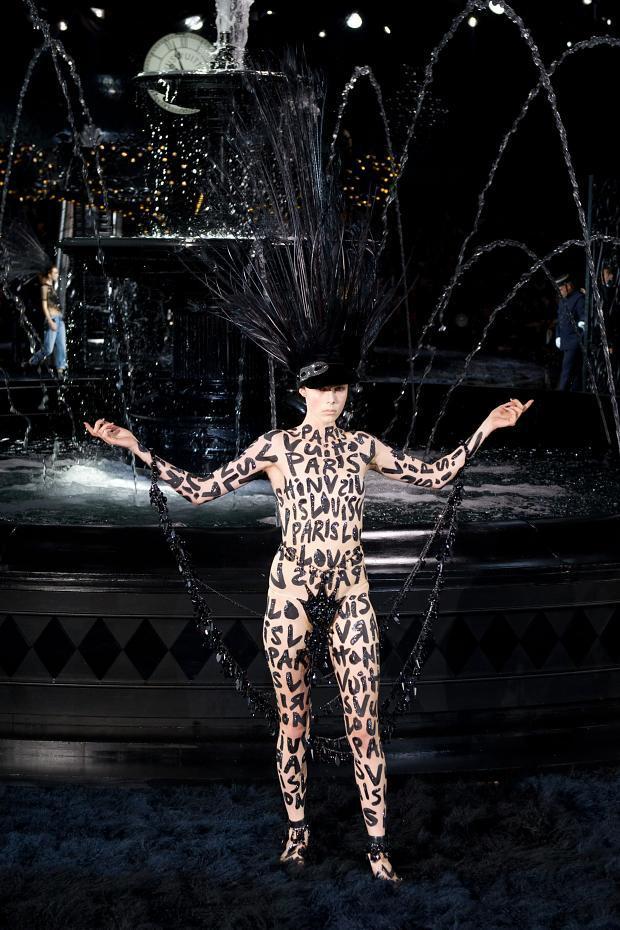 Louis-Vuitton-printemps-ete-2014-Marc-Jacobs-Defile-10
